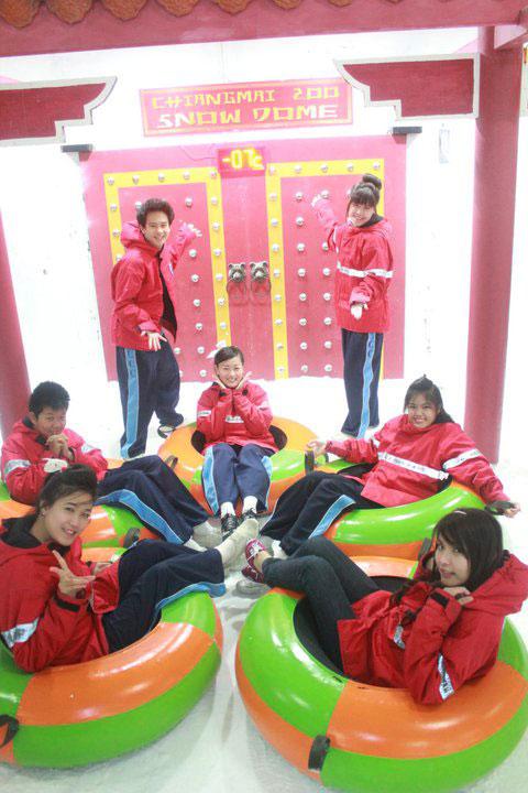 chiangmai-zoo-snow-dome-1
