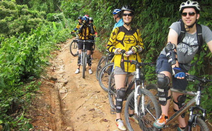 chiangmai-mountain-biking-adventure-downhill