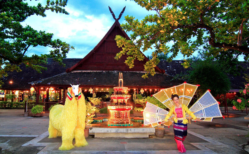 khantoke-dinner-old-chiangmai-cultural-center-20