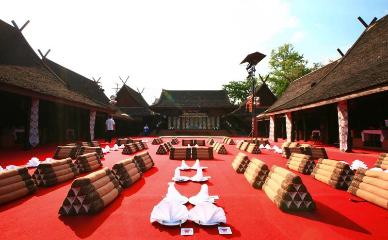 khantoke-dinner-old-chiangmai-cultural-center-9